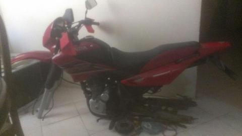 Vendo Moto Honda Nxr Bross 125