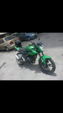 Moto Loncin Naked