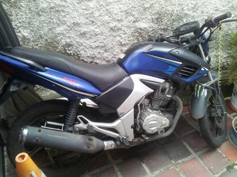 Se vende Moto BRZ200 Bera usada a buen precio