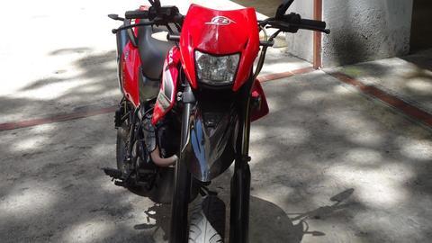 MOTO BERA RR 200