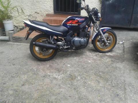 SE VENDE GS 500