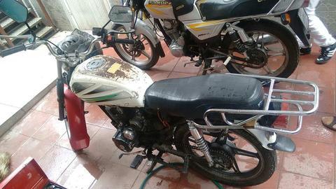 moto pocos detalles info:04244666035