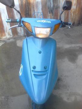 Vendo moto jog artistic. Modelo 3kj con cauchos nuevos. Y pistom nuevo