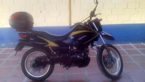 moto tx 200 empire