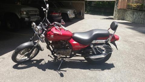 Moto Bajaj Avenger