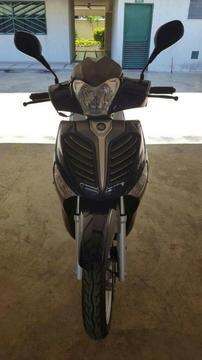 Vendo Moto Empire Outlook