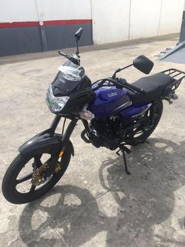 Venta de motos Um Max 150, año 2016, nuevas