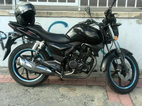 Arsen 2/2011/negro/cascos