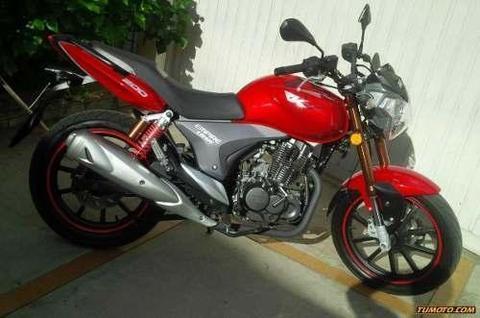 moto empire rkv 200