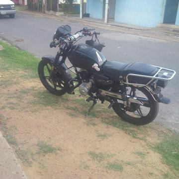 moto bera 150 cc usada