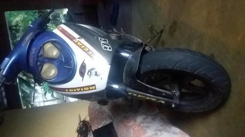 moto automatica rally 150 se cambia por sincronica