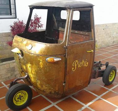 moto vespa piaggio carro antiguo