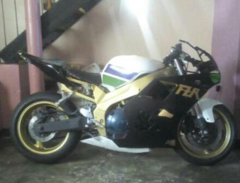 Vndo Barata Yamaha Fzr 600cc 1994 Legal