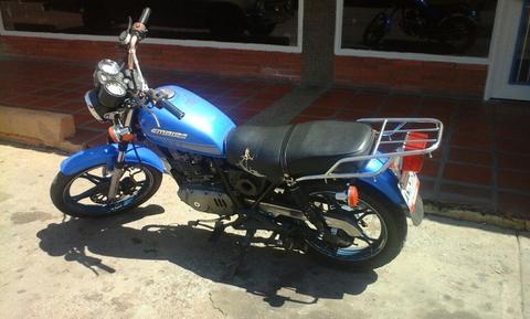 Moto Owen 2013