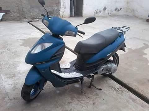 se vende moto bera modelo mustang