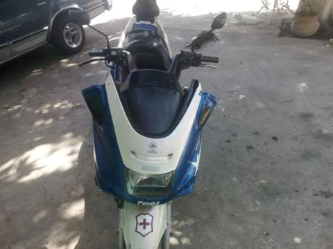 se vende super scooter