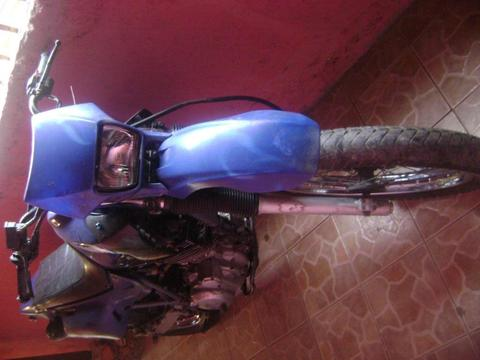 vendo moto para reparar o repuesto, xt 600