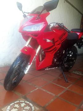 Moto R1 Bera 200 cc Año 2014 solo 400 km