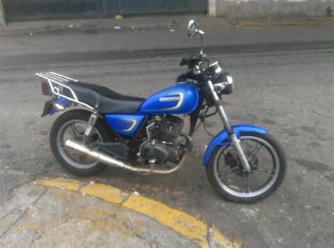 Moto Usada Owen 2011