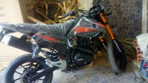 Moto Loncin 250cc