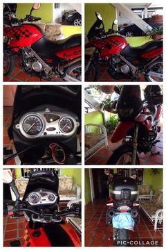 Se vende Moto BMW 650 cc Modelo F 650 GS