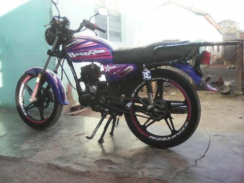 Vendo Mi Bella Moto Bera Azul Al Dia