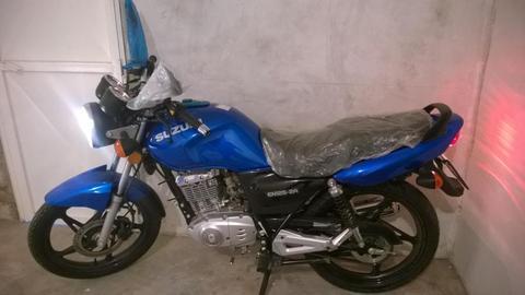 Suzuki EN125 nueva