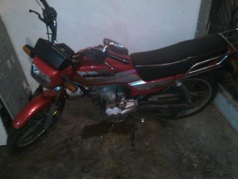 vendo o cambio mi moto horse empire