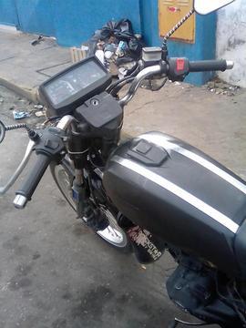 Vendo Moto Empire Horse 2012