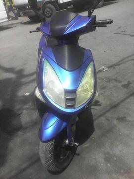 VENDO EN EXCELENTE ESTADO MOTO 150 BERA 2013