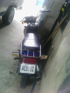 Se Vende Moto Importada 125 Negra