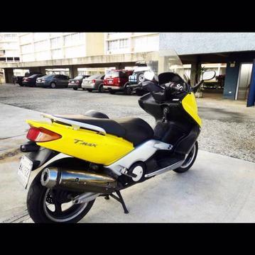 Se Vende T Max. Yamaha Año 2001