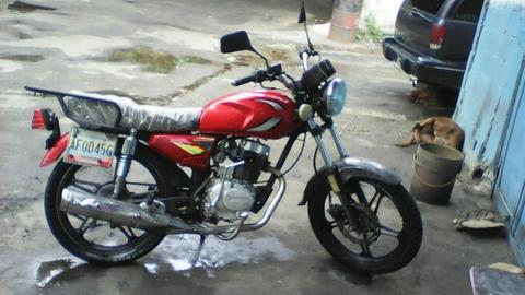 Vendo Moto Bera