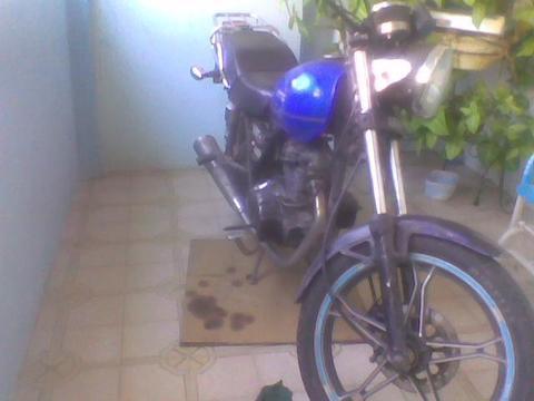 Moto Owen Empire Año 2011