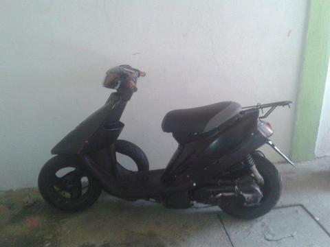 venta de moto artiste en buen estado, motor recien hecho carburador nuevo