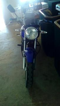 Vendo Moto Bera 200cc
