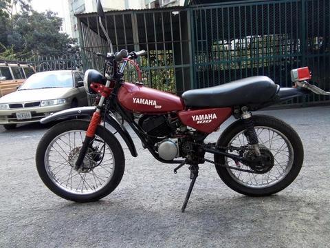 Yamaha Enduro DT 100 año 80 vendo o cambio