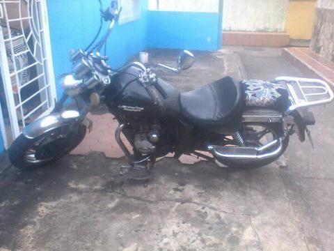 se cambia moto sincronica 150 cc por moto automatica