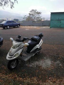 moto empaire