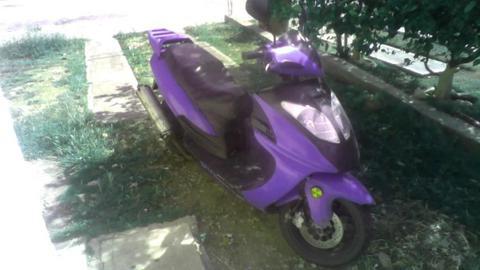 motos scooter marca kyoto 150cc