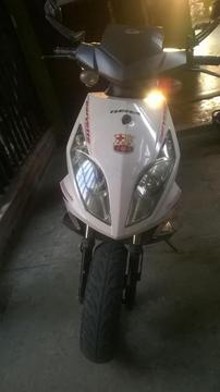 MOTO CORVETTE 2012