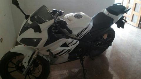 Vendo Moto Bera R1 200 Y Caucho de Klr
