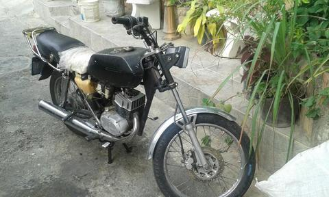Vendo Mis 2 Motos Suzuki Y Vespa