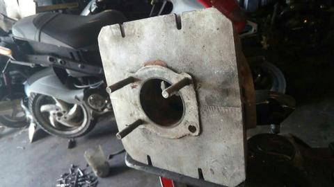Cilindro con Piston de Rx 100 Y Otros
