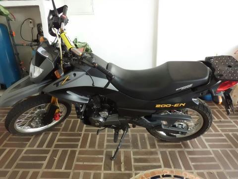 Moto Tx 200-en Año 2013