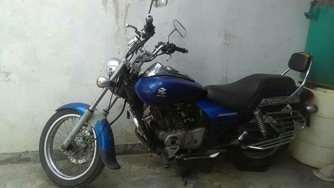 Moto Bajaj Avenger 180