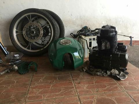 Vendo Moto Puma 200cc