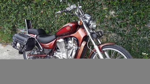 moto suzuki intruder 400cc