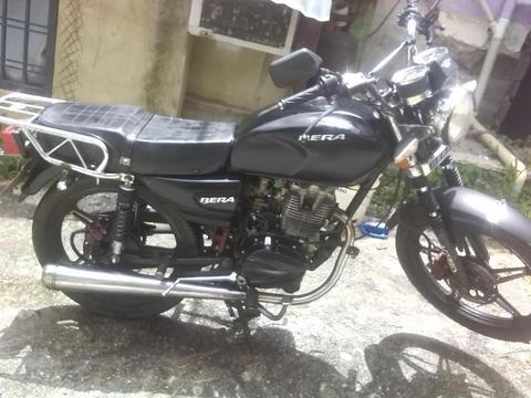Se vende moto bera 200 por motivos de viaje en buen precio y pocos det