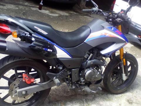 moto tx como nueva 2013